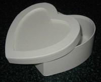 Pappbox Herz, weiß mit Vertiefung